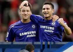 Enlace a ¿Quieres sentirte viejo un rato? Mira a los ahora entrenadores del Aston Villa y Chelsea