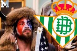Enlace a Un montaje del seguidor de Trump con el escudo del Betis da la vuelta al mundo.