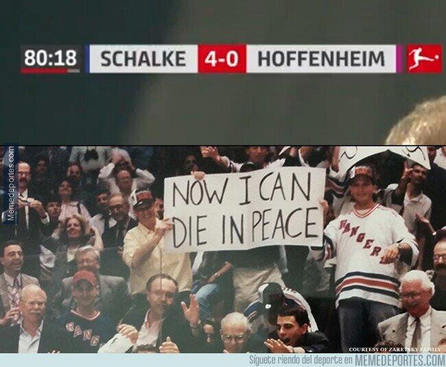 1124888 - La última vez que el Schalke ganó un partido, la única corona que conocia el mundo era una cerveza.
