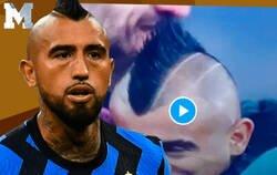 Enlace a Polémica en Italia. Arturo Vidal besa el escudo de la Juve antes del derbi Italiano