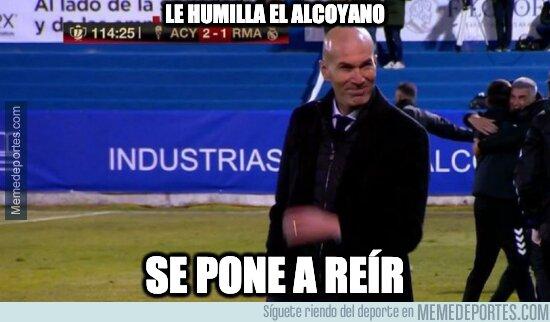 1125914 - Vaya tela lo de Zidane