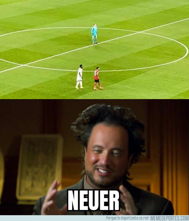 1127332 - Neuer sigue haciendo de las suyas en el Mundial de Clubes