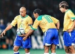 Enlace a Brasil nunca ha tenido equipo malo