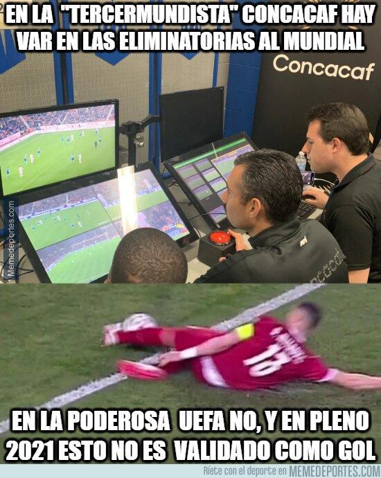 1131126 - Le roban a Cristiano y a Portugal el gol de la victoria