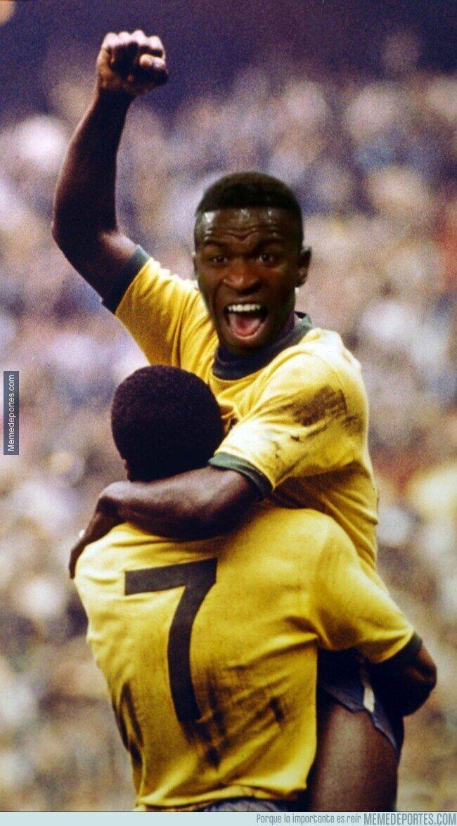 1131886 - Vinicius en Champions frente al Liverpool
