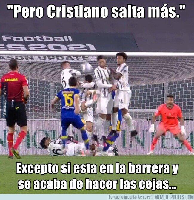 1133398 - Cristiano lo ha vuelto a hacer. Chapuza en la barrera que termina en gol del Parma