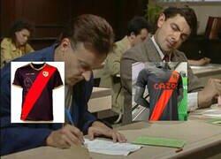Enlace a El Everton copiando equipación al Rayo Vallecano
