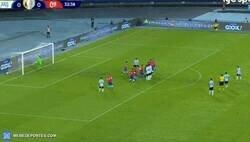 Enlace a Golazo de tiro libre de Messi contra Chile