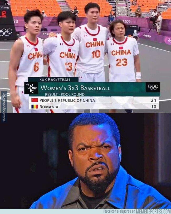 1140561 - Basket... ¿femenino?
