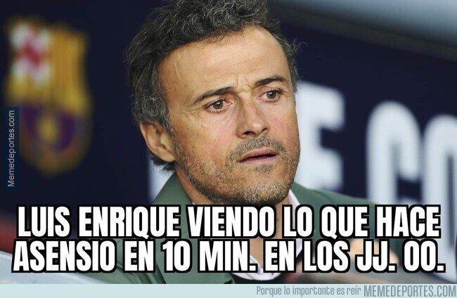 1140600 - Mientras Luis Enrique en casa...