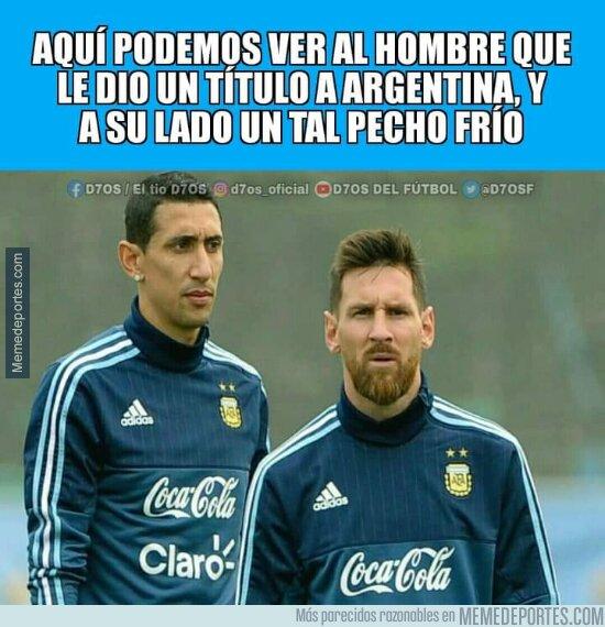 1140838 - Pero Messi metió de penalti y de falta y a Bolivia