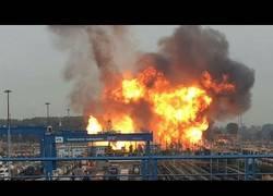 Enlace a La increíble explosión de una planta química en Alemania