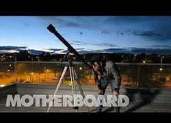 Enlace a En Elche están preparando un cohete para lanzarlo al espacio y así va su enorme trabajo