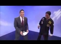 Enlace a Así se descubre a un falso maestro de kung-fu en directo