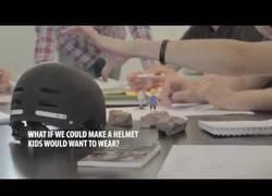 Enlace a Diseñando el pelo de Playmobil para un casco