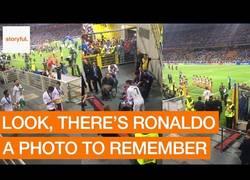 Enlace a El gran gesto de Cristiano Ronaldo cuando ganó la Champions con el Real Madrid