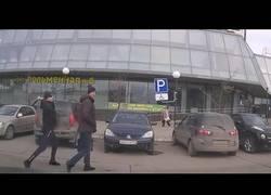 Enlace a Nunca intentes robar a un ruso, no se va a dejar por mucho que le golpees