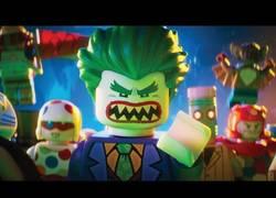 Enlace a El Joker y Robin ya están aquí... en el nuevo tráiler de LEGO Batman