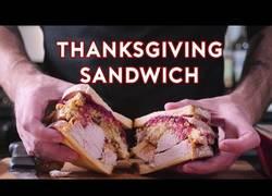 Enlace a El sandwich que te abrirá el apetito nada más verlo
