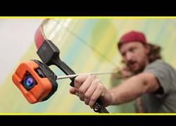 Enlace a Disparando una flecha con una GoPro incorporada en la punta