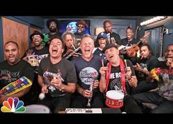 Enlace a Metallica tocando su famoso tema