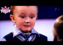 Enlace a La reacción de este niño de tres años al perder una partida de ajedrez contra Karpov
