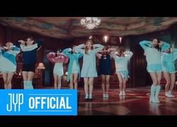 Enlace a Estas chicas están rompiendo todos los records en el K-pop
