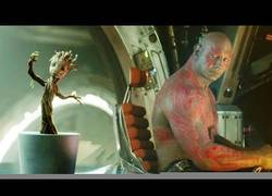 Enlace a Drax El Destructor de Guardianes de la Galaxia, odia y mucho la música