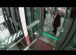 Enlace a El ascensor con efectos más molón del mundo