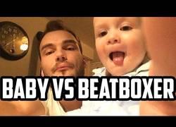 Enlace a El niño que de mayor hará beatbox