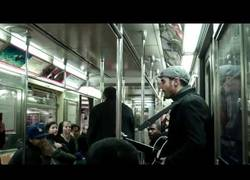 Enlace a La mejor manera de vender un CD en el metro.