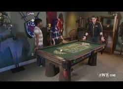 Enlace a Creando esta mesa de billar para este fan de The Legend of Zelda