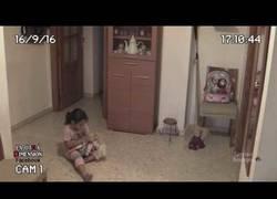 Enlace a La muñeca diabólica que aterrorizó a esta niña en su casa