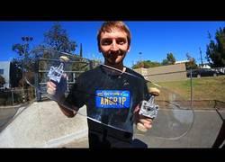 Enlace a Skate hecho de cristal antibalas. ¿Aguantará?