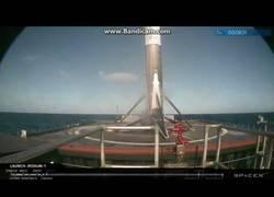 Enlace a El espectacular aterrizaje del SpaceX del espacio a la tierra en 6 minutos