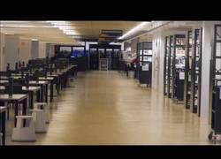 Enlace a No son las rebajas, son carreras para agarrar un sitio en la biblioteca para estudiar en Austria