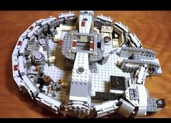Enlace a Creando el Halcón Milenario en LEGO