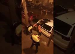 Enlace a Los Mossos d'Esquadra salen escaldados en L'Hospitalet en una pelea con gitanos