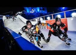 Enlace a La apasionante carrera sobre hielo con un final increíble