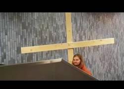 Enlace a El problema de Jesucristo en una escalera mecánica