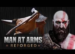 Enlace a Así se forja el hacha de Kratos del nuevo God Of War