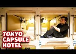 Enlace a La experiencia de vivir en las habitaciones cápsula de Japón