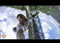 Enlace a Will Smith cumple uno de sus sueños y se lanza desde un puente de las Cataratas Victoria
