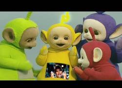 Enlace a Los Teletubbies triunfan en internet interpretando Teletubbies singing 'Get Ur Freak On'