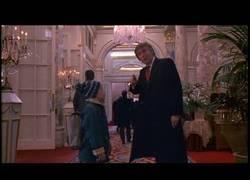 Enlace a Este es el cameo que hizo Donald Trump en Solo en Casa 2 (1992)