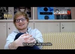 Enlace a Ed Sheeran habla de su papel en GoT / Reacción al recibir la espada de Jon Snow