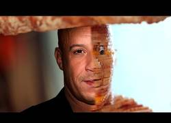 Enlace a Crean un sandwich en 3D con la cara de Vin Diesel