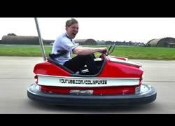 Enlace a Nuestro inventor más loco presenta su auto de choque mega potente