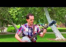 Enlace a El músico de Banjo que se ha ganado el World Récord Guinness por ser el más veloz