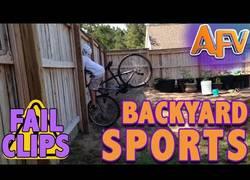 Enlace a Nunca hagas deporte en tu jardín